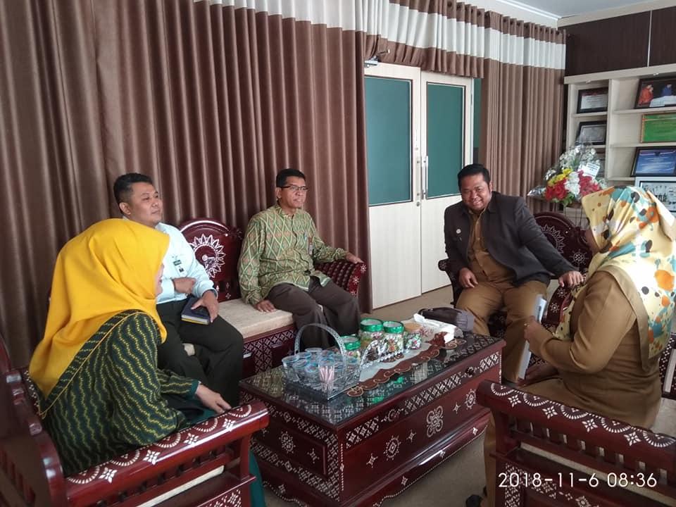 Kunjungan Direktur Bank NTB Syariah Ke RSUD Provinsi NTB