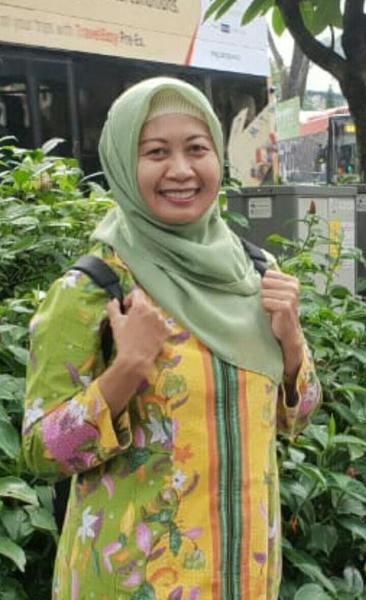 Laily Indrayanti Y, Dr, SP.PK, Satu-satunya Dokter Spesialis Patologi Klinik RSUD NTB