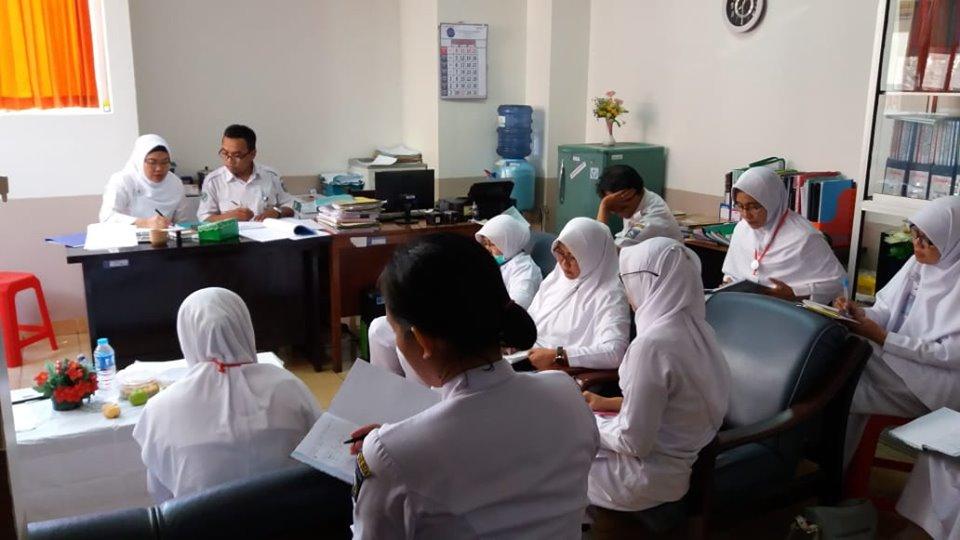 Tim PMKP Memberikan Bimbingan ke Instalasi Rawat Inap Terkait Indikator Mutu Jelang Akreditasi