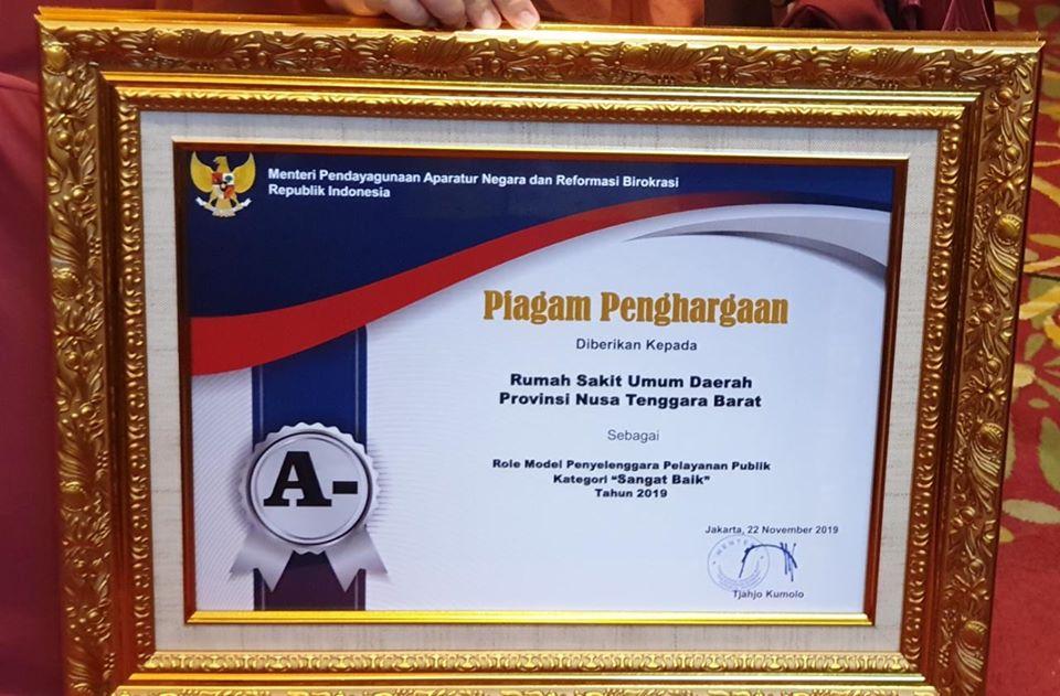 RSUD Provinsi NTB Raih Anugerah Penghargaan Pelayanan Publik Tahun 2019